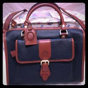 Vintage liz Claiborne crossbody purse
